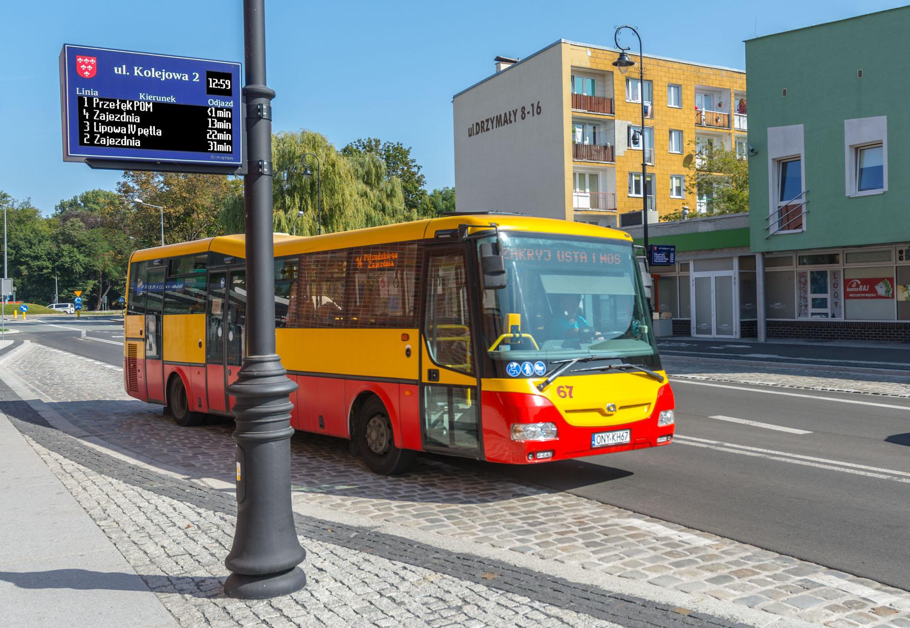 Tablice wyświetlacze dynamicznej informacji pasażerskiej LED RGB, Nysa 2020, LED RGB Passenger Information Displays, the city of Nysa