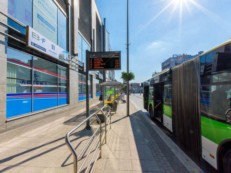 Tablice wyświetlacze dynamicznej informacji pasażerskiej LED RGB, LED RGB Passenger Information Displays, the city of Zielona Gora